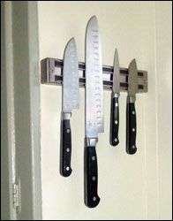 knife holder magnetic