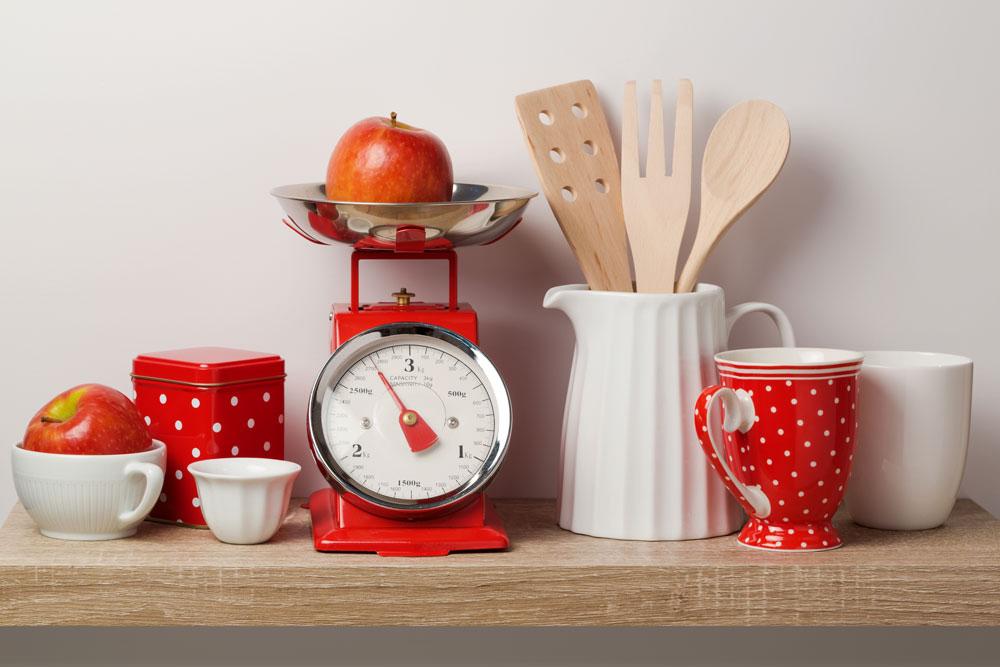 organizing with kitchen vignettes