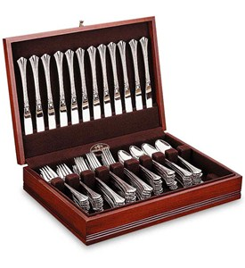 Cherry Flatware Case Image