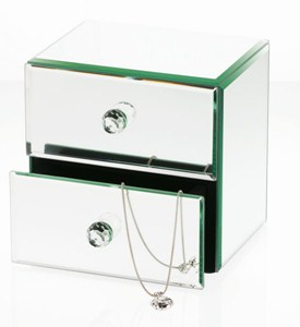 Mirrored Jewelry Box Image