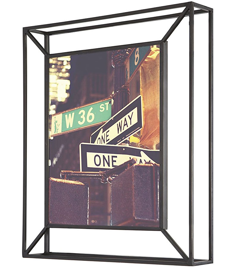 8 x 10 wall picture frame in photo frames for Picture frames organized on walls
