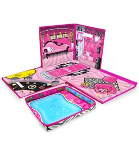 Barbie Dream House and Toy Box Image