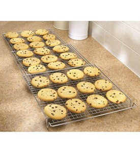 Expandable Cooling Rack Image