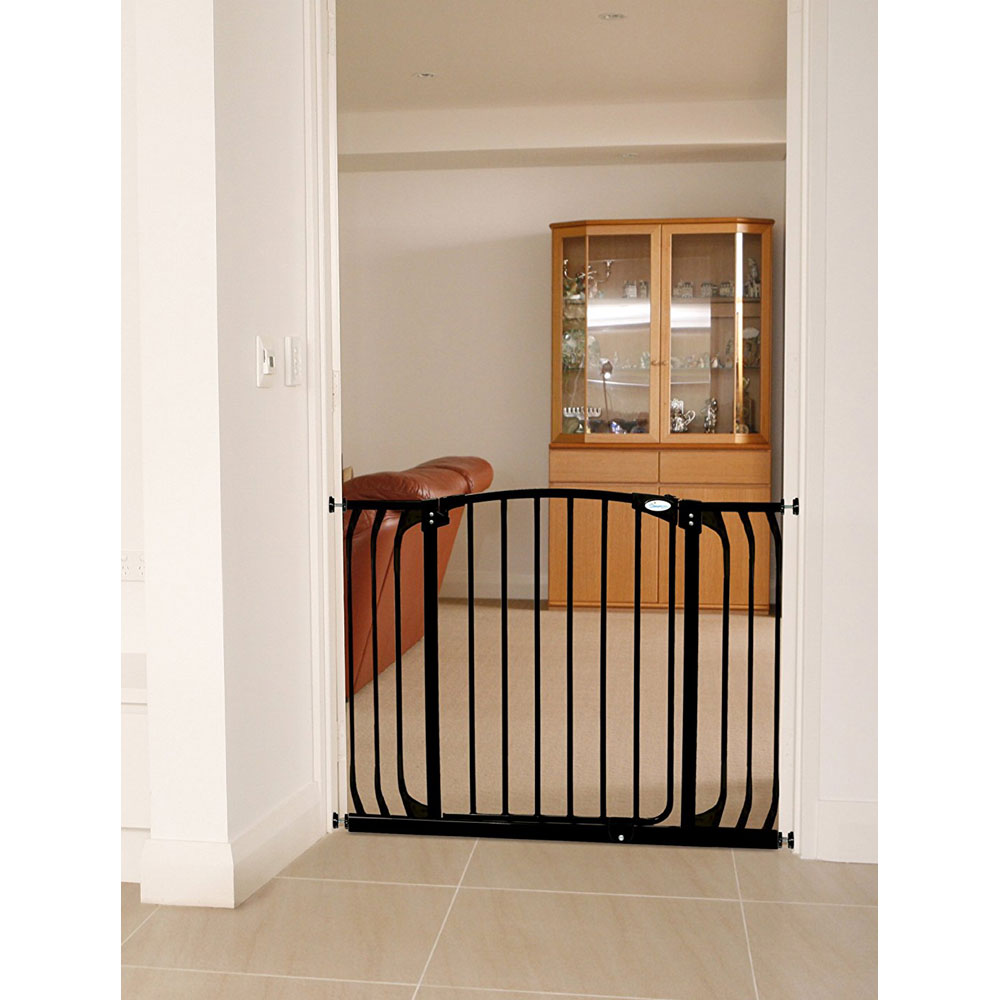 Auto Close Baby Gate Extra Wide In Baby Gates