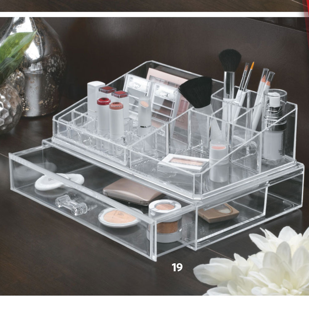 Extra Large Three Piece Make Up Organizer In Cosmetic