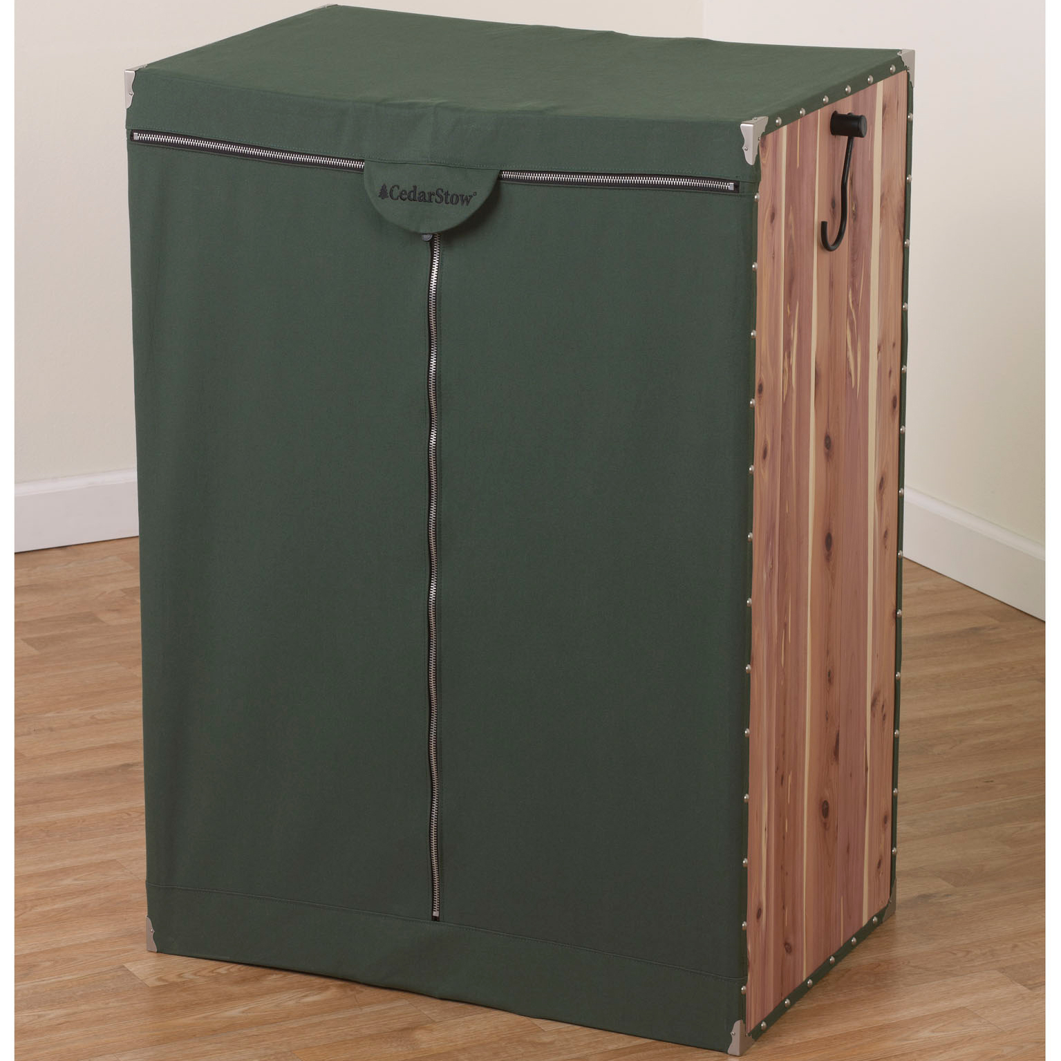 hanging wardrobe extra wide cedarstow in garment bags. Black Bedroom Furniture Sets. Home Design Ideas
