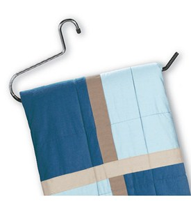 Comforter and Blanket Hanger Image