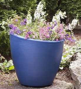 Outdoor Planters and Flower Pots at Organize-It