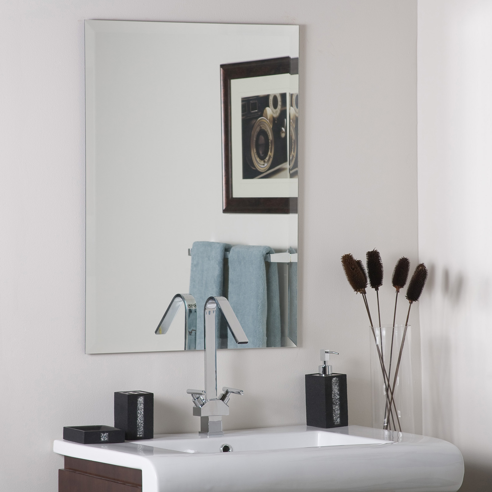 Frameless rectangle wall mirror in frameless mirrors for Frameless wall mirror
