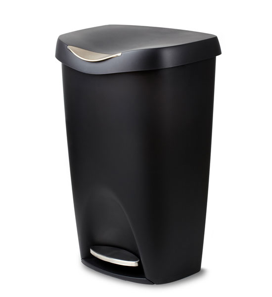 Black Brim 50 L Step Can In Kitchen Trash Cans