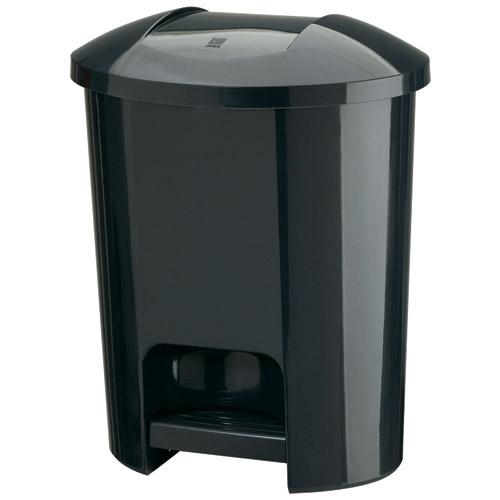 umbra 8 5 gallon plastic trash can black in kitchen