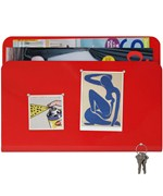 Magazine Pocket and Magnetic Memo Board