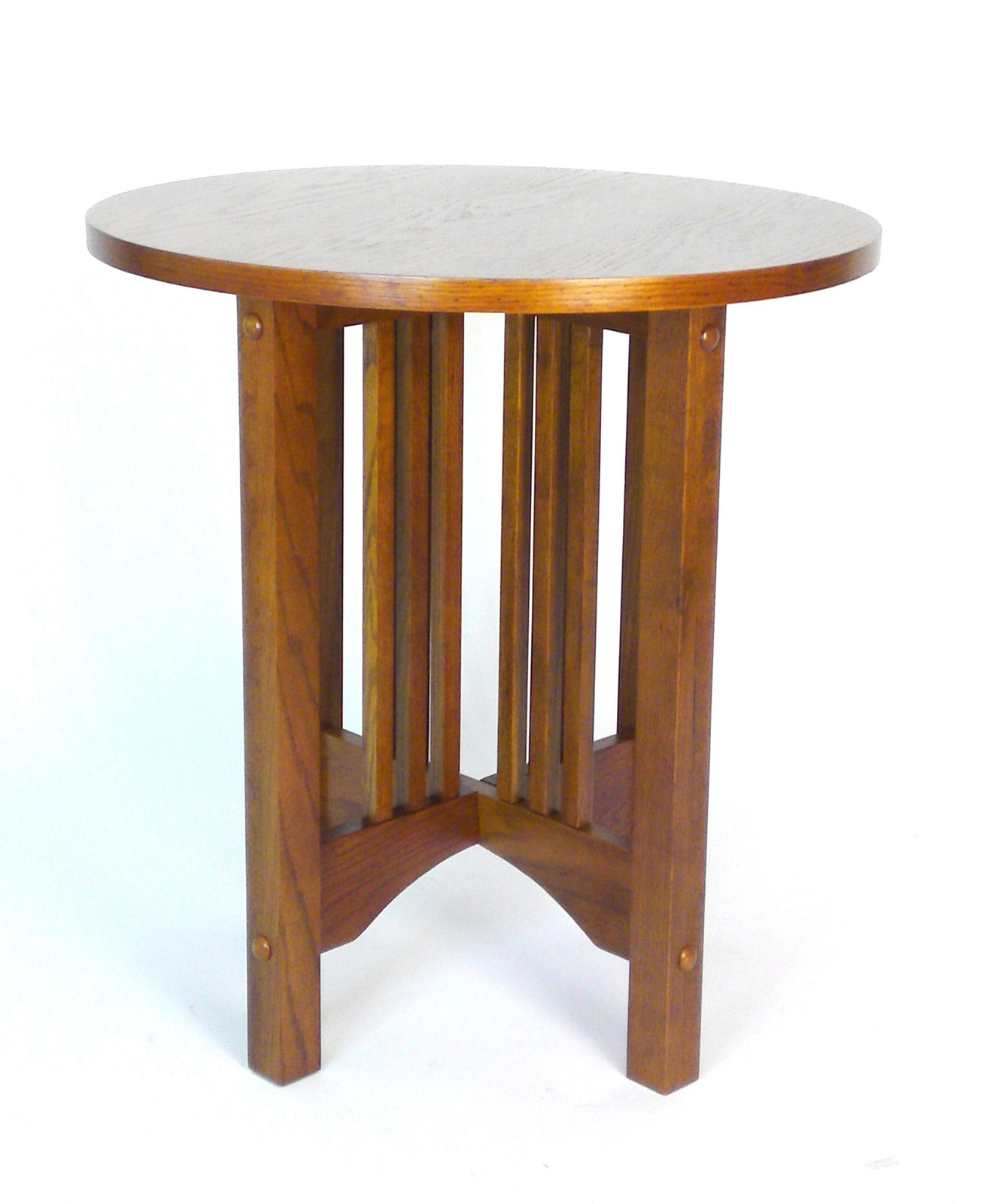 ... Table By Passport Accent, Mission Style Oak Round Table By Wayborn