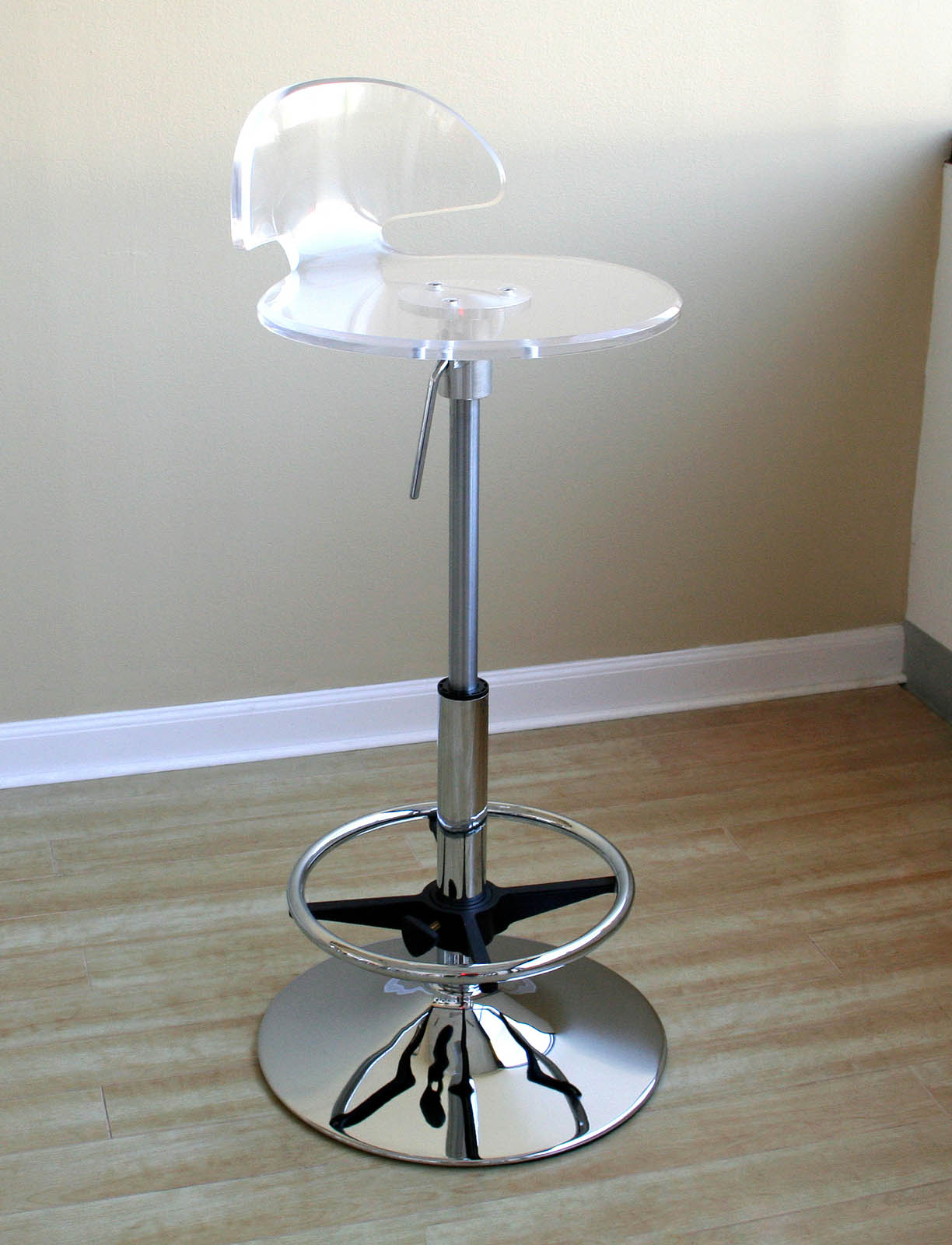 Nayad Clear Acrylic Bar Stool In Modern Bar Stools