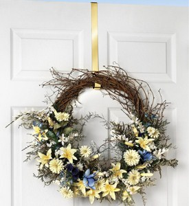Over the Door Wreath Hanger - Brass Image