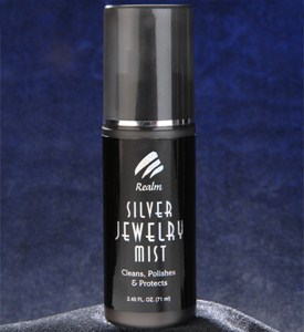 Realm Sterling Silver Jewelry Polish Spray Image