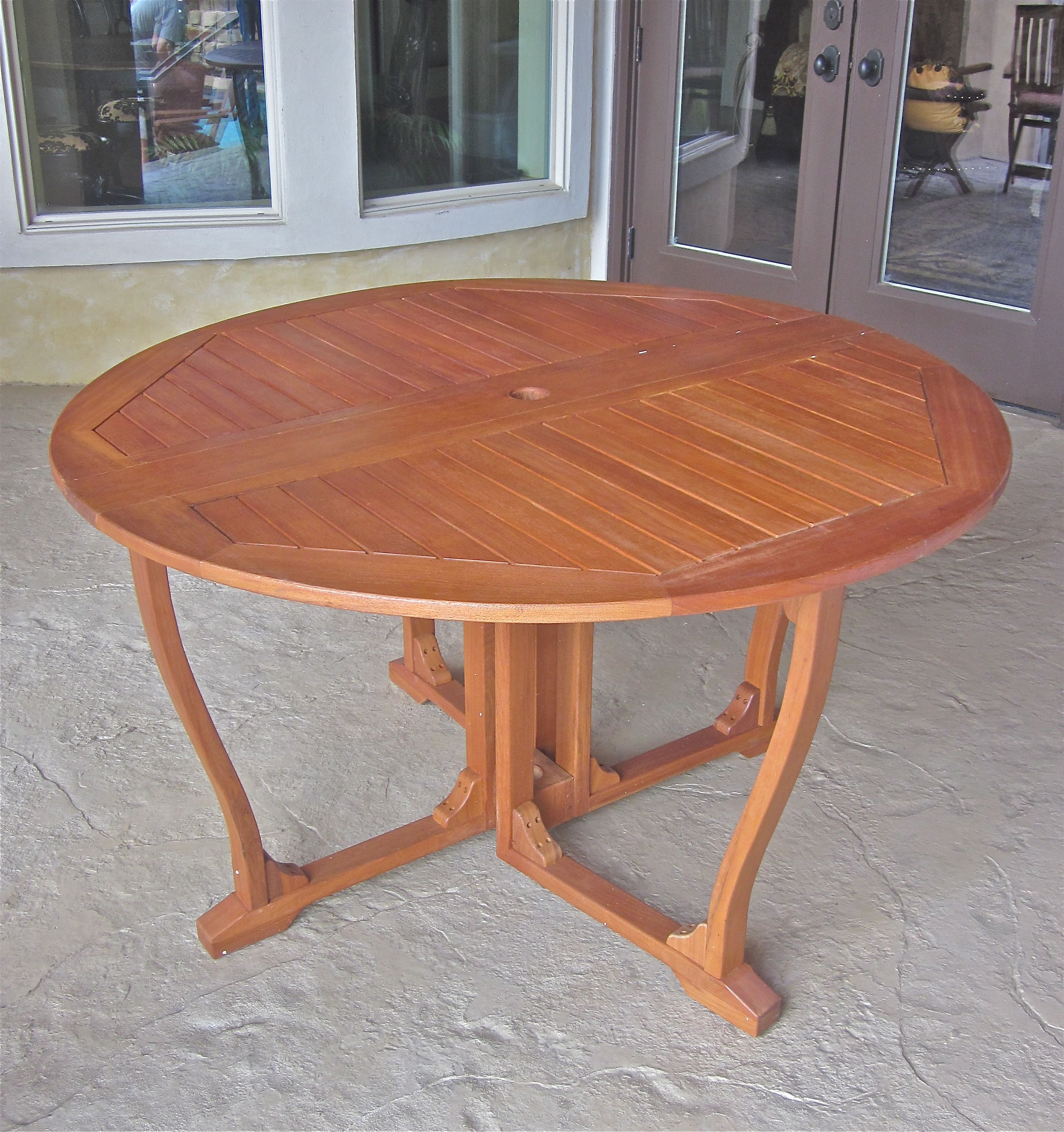 Royal tahiti round gate leg table by international caravan in patio dining tables - Round gateleg dining table ...