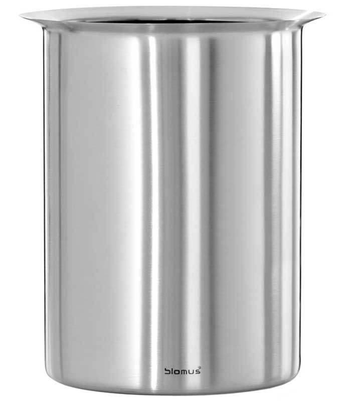 Stainless steel bottle cooler in barware