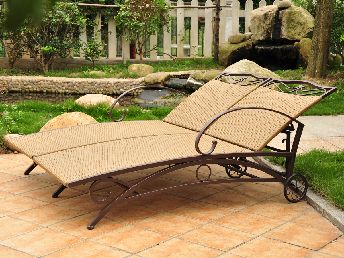 Multi position double chaise lounge in outdoor lounges for Chaise longue multi positions